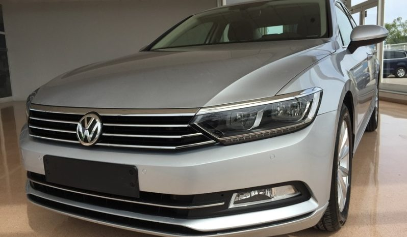 Volkswagen Passat DSG 2.0TDI 150cv lleno